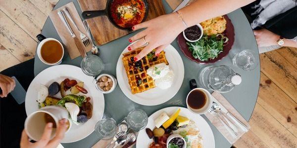 I 3 segreti della nutrizionista per dimagrire e non ingrassare, sentendosi sazi e appagati a tavola